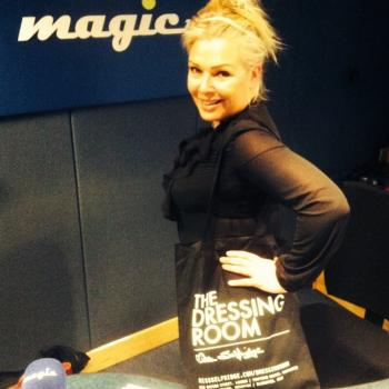 Hi everyone, hope you're having a great day. I have the fabulous Rose Byrne picking her song choice for me later. Get yours in via www.magic.co.uk/kimwilde Kim . x