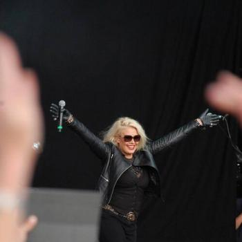 Good morning. Hope you've had a great week. Have to say I've been doing some really fun gigs recently. Here's some pics from a few of them. Let me know what you've been up to, and send me the songs you'd like me to play at www.magic.co.uk/kimwilde