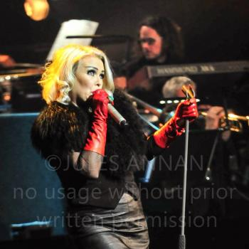 Kim Wilde performing 'Mind of a Toy' in Cardiff on 22 November 2015. Photo © Jules Annan