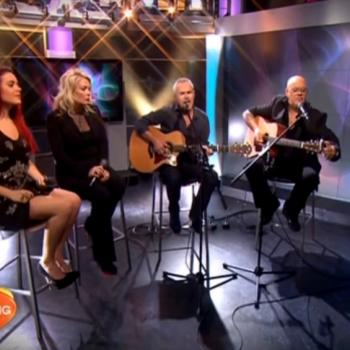 Kim, Scarlett, Rick and Nik Kershaw performing 'The Riddle' on The Morning Show on Network 7 (Australia), 15 October 2013