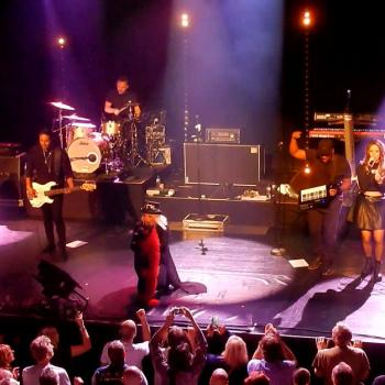Kim Wilde performing 'You spin me round' in Utrecht (Netherlands), October 16, 2016