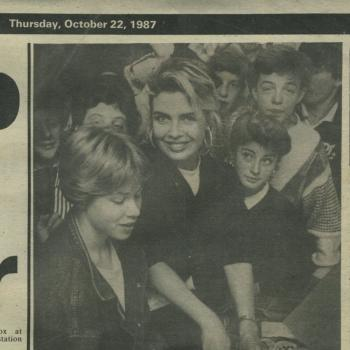 Stevenage Express (UK), October 22, 1987