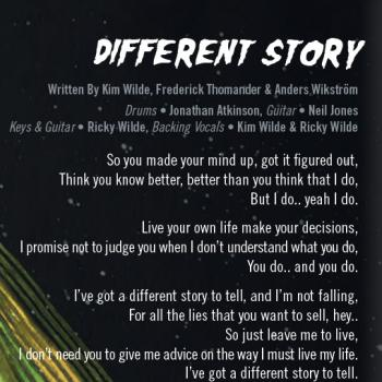 Part of the lyrics of 'Different story' in the CD booklet of 'Here come the aliens'