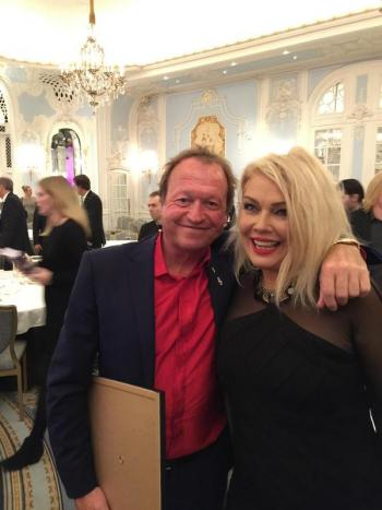 Kim Wilde with another award winner, Mark King from Level 42