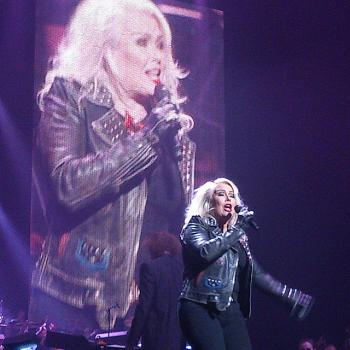 Kim Wilde live at Night of the Proms in Lodz (Poland), posted by @arturdunin (March 26, 2015, 3:18pm)
