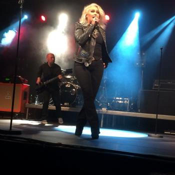 Kim Wilde live in Naestved, Denmark. Posted by @lippschi. (April 12, 2015, 8:48am)