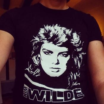Always nice to see a Kim Wilde t-shirt. Posted by @romanhkp (September 4, 2015, 7:42pm)