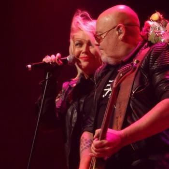 Kim Wilde performing live in Heerlen, the Netherlands on October 3, posted by @never2wilde (October 4, 2015, 10:53pm)