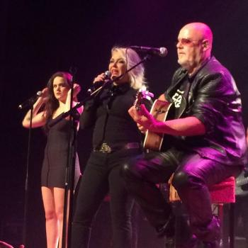 Kim Wilde performing live in Heerlen, the Netherlands on October 3, posted by @lippschi (October 5, 2015, 5:38am)