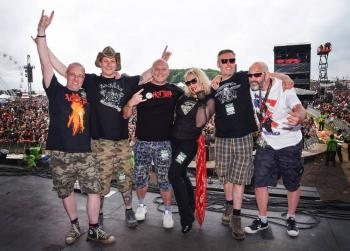 Onstage group pic, posted by @lawnmowerdeth_pete on June 12, 2016