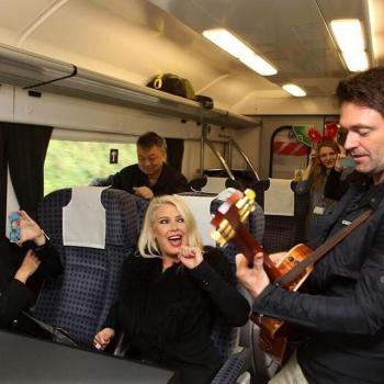 Kim Wilde and @_stuart_brennan on the Gatwick Express, 2014. Posted on April 13, 2017