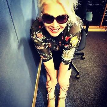A slightly older picture of Kim Wilde wearing a @williwear65 shirt, posted on July 22.