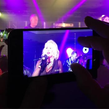 Kim Wilde live on camera, posted by @theredse7en on July 22.