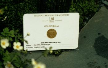 2005: Royal Horticultural Society Gold medal and best in show (together with Richard Lucas) for Cumbria Fellside Garden, United Kingdom