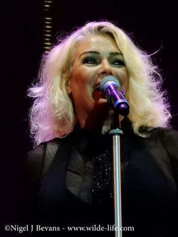 Kim Wilde live at Temple Island Meadows, Henley-on-Thames (UK), August 22, 2015. Photo © Nigel J. Bevans