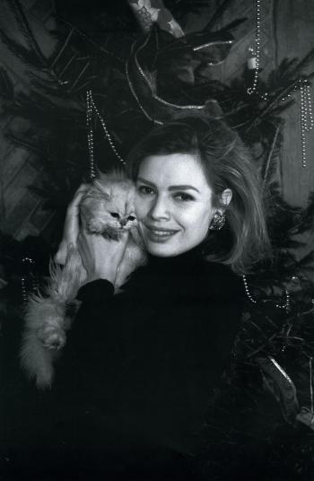 With her own cat Theo in 1990