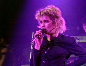 Kim Wilde performing 'Fever' at Golddiggers, Chippenham (UK), December 31, 1986