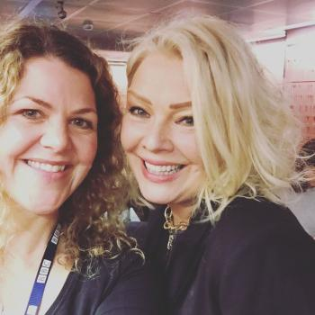 Kim Wilde and @corinstagra at BBC Broadcasting House, March 17.